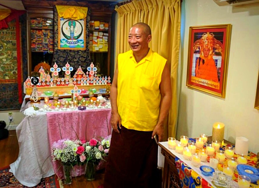 Lama Drupon Thinley Rinpoche